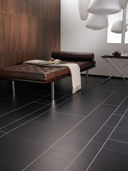 Amtico-Signature_Graphite-Slate-in-Random-Stone-Laying-Pattern